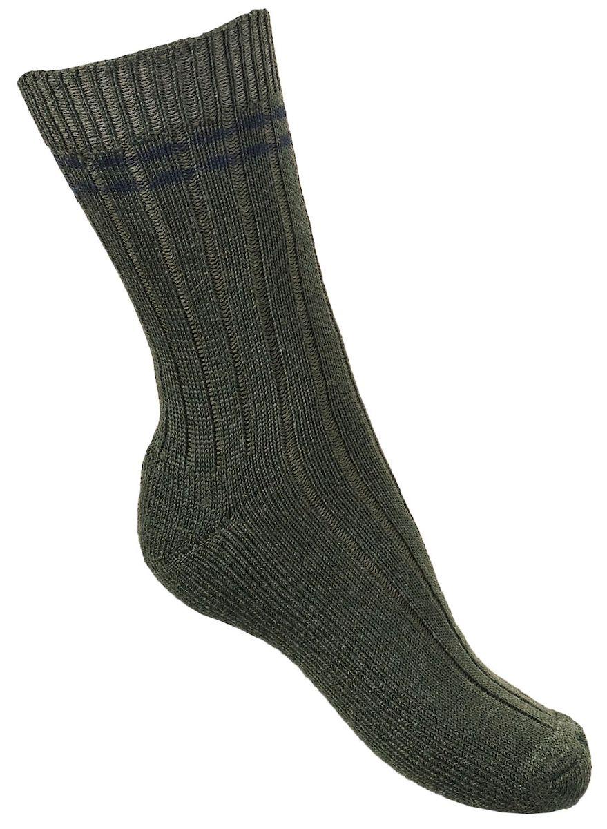 Термоноски мужские Tesema Metsastajan, цвет: зеленый. 6016. Размер 43/456016Высокие, плотные, шерстяные охотничьи носки Tesema Metsastajan (лесные). Рассчитаны на холодную погоду - до минус 15°С- 20°С. Плоский шов. Отличные тепловые характеристики обеспечиваются высоким содержанием натуральной шерсти, а содержание полиамида дает отличные эксплуатационные качества - износостойкость, сохранение формы и долговечность. Носки Tesema - традиционно высокое европейское качество и финские технологии.