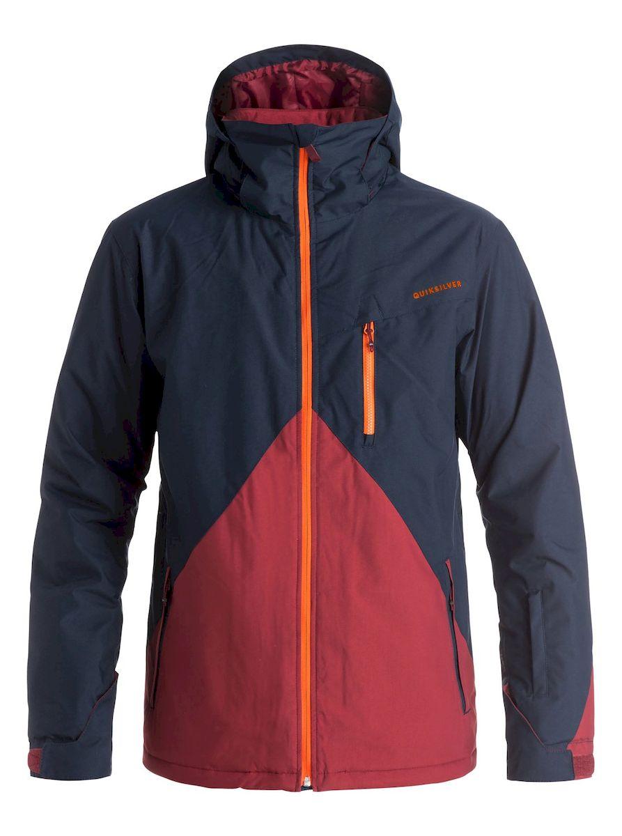 Куртка для сноуборда мужская Quiksilver, цвет: темно-синий, бордовый. EQYTJ03067-BYJ0. Размер XXL (58)EQYTJ03067-BYJ0Мужская куртка для сноуборда Quiksilver выполнена из нейлона с подкладкой из синтепона.Модель с длинными рукавами, воротником-стойкой и съемным капюшоном на кнопках застегивается на застежку-молнию спереди. Изделие дополнено тремя втачными карманами на застежках-молниях, внутренним втачным карманом на липучке и накладным карманом-сеткой, а также небольшим втачным кармашком на рукаве. Рукава дополнены внутренними трикотажными манжетами, а также хлястиками с липучками, которые позволяют регулировать обхват манжет. По бокам куртки, от линии талии до середины рукавов, расположены вентиляционные отверстия с сетчатыми вставками, закрывающиеся на застежки-молнии. Куртка оснащена внутренней противоснежной вставкой на кнопках. Низ куртки дополнен шнурком-кулиской.