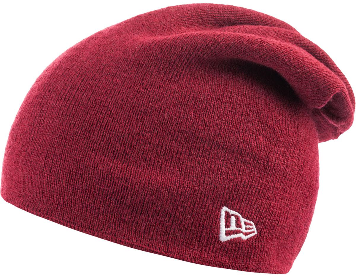 Шапка New Era Basic Long Knit, цвет: бордовый. 11277762. Размер универсальный11277762-CARВязаная удлиненная шапка New Era Basic Long Knit выполнена из 100% акрила. Модель украшена вышивкой с изображением логотипа бренда. Такая шапка подойдет и для мужчин, и для женщин.