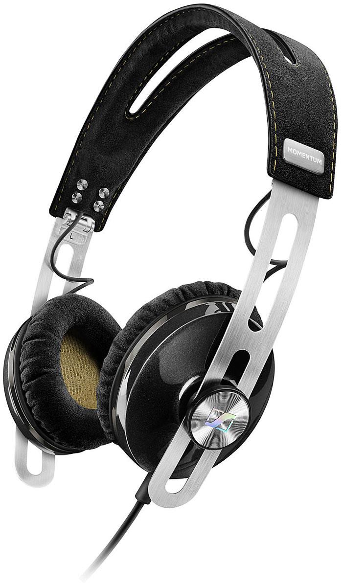 Sennheiser Momentum M2 OEG, Black наушники506267Наушники второго поколения Sennheiser Momentum 2.0 On-Ear отличаются повышенным комфортом, складной конструкцией и односторонним сменным кабелем с пультом управления и микрофоном. Sennheiser Momentum 2.0 оснащены новыми 18-омными преобразователями Sennheiser, которые гарантируют полное, детальное звучание и широкую звуковую картину.В наушниках используются амбушюры новой, ассиметричной конструкции из мягкого воздухопроницаемого материала алькантара (Alcantara) для лучшего комфорта и снижения влияния окружающего шума.