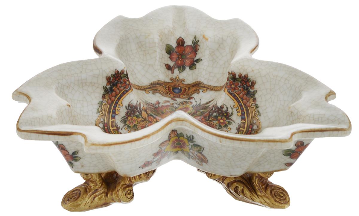 Конфетница Rosenberg, 19,5 х 19,5 см77.858@18677, R479Оригинальная конфетница Rosenberg, изготовленная из высококачественной керамики, украшена изображением цветов.Стильная форма идеально впишется в любой интерьер. Размер (по верхнему краю): 19,5 х 19,5 см.