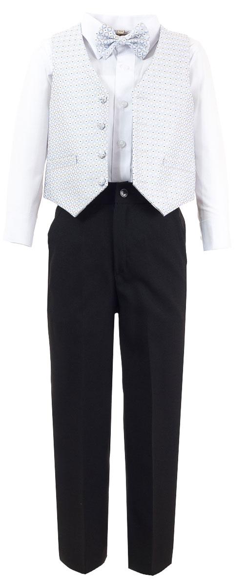 Костюм для мальчика M&D, цвет: черный, белый, серый, голубой. HW14244-54. Размер 104HW14244-54Костюм для мальчика M&D изготовлен из полиэстера и хлопка. Костюм включает в себя рубашку, брюки, жилет и галстук-бабочку. Рубашка с отложным воротником и длинными рукавами застегивается на пуговицы. Манжеты рукавов оснащены застежками-пуговицами. На груди расположен накладной карман. Брюки классического кроя и стандартной посадки застегиваются на пуговицу в поясе и ширинку на застежке-молнии. На поясе имеются шлевки для ремня. Пояс по бокам присборен на резинки. Брюки дополнены втачными карманами. Жилет с V-образным вырезом горловины застегивается на пуговицы. Спереди расположены два прорезных кармана. Галстук-бабочка оснащен эластичной резинкой. Жилет и галстук-бабочка оформлены оригинальным принтом.
