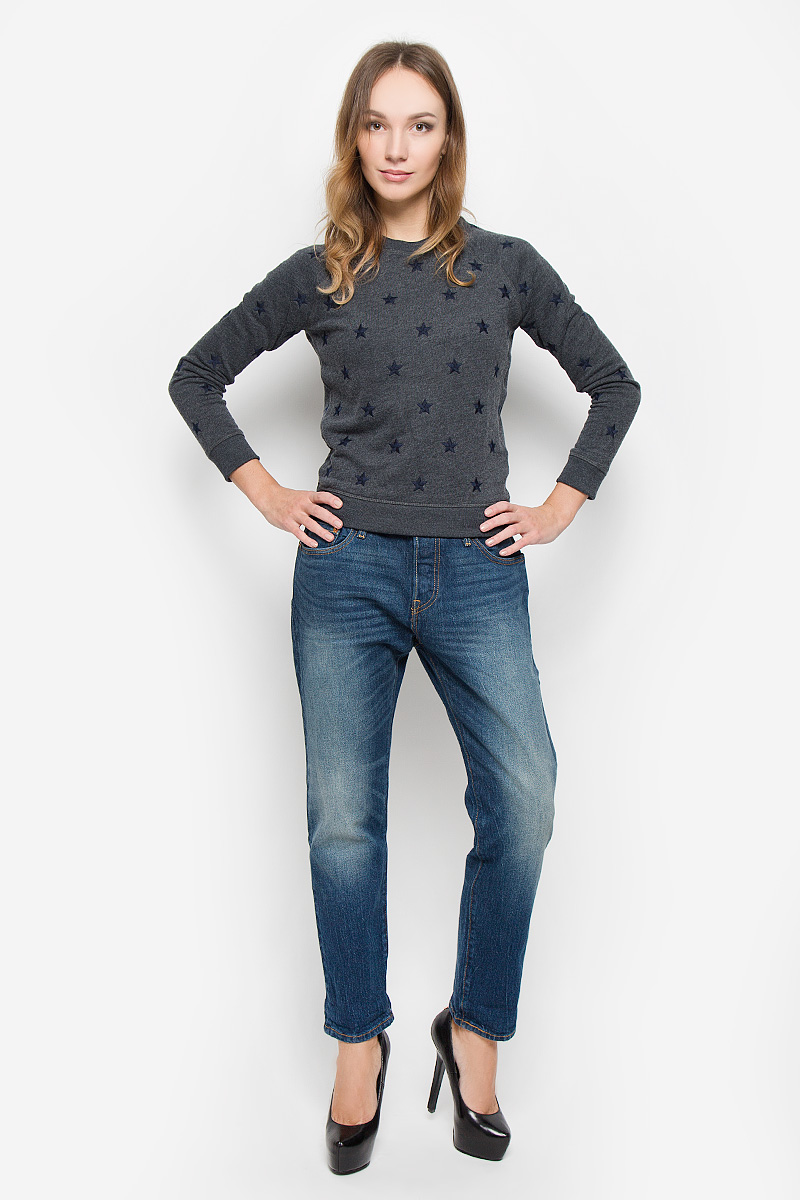 Джинсы женские Levis® 501 CT, цвет: синий. 1780400580. Размер 30-36 (46-36)1780400580Женские джинсы Levis® 501 CT выполнены из плотного денима. Джинсы в стиле boyfriend застегиваются спереди на пуговицы. На поясе предусмотрены шлевки для ремня. Модель имеет классический пятикарманный крой: спереди - два втачных кармана и один маленький накладной, а сзади - два накладных кармана. Джинсы оформлены эффектом искусственно-состаренной ткани. Рекомендуется носить подкатанными.