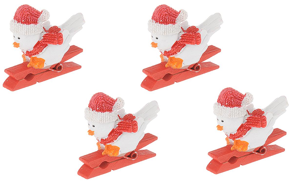 Набор новогодних украшений Magic Time Птички в шапочках, на прищепке, 4 шт набор новогодних подвесных украшений magic time розовые кеды 4 х 1 х 2 см 4 шт
