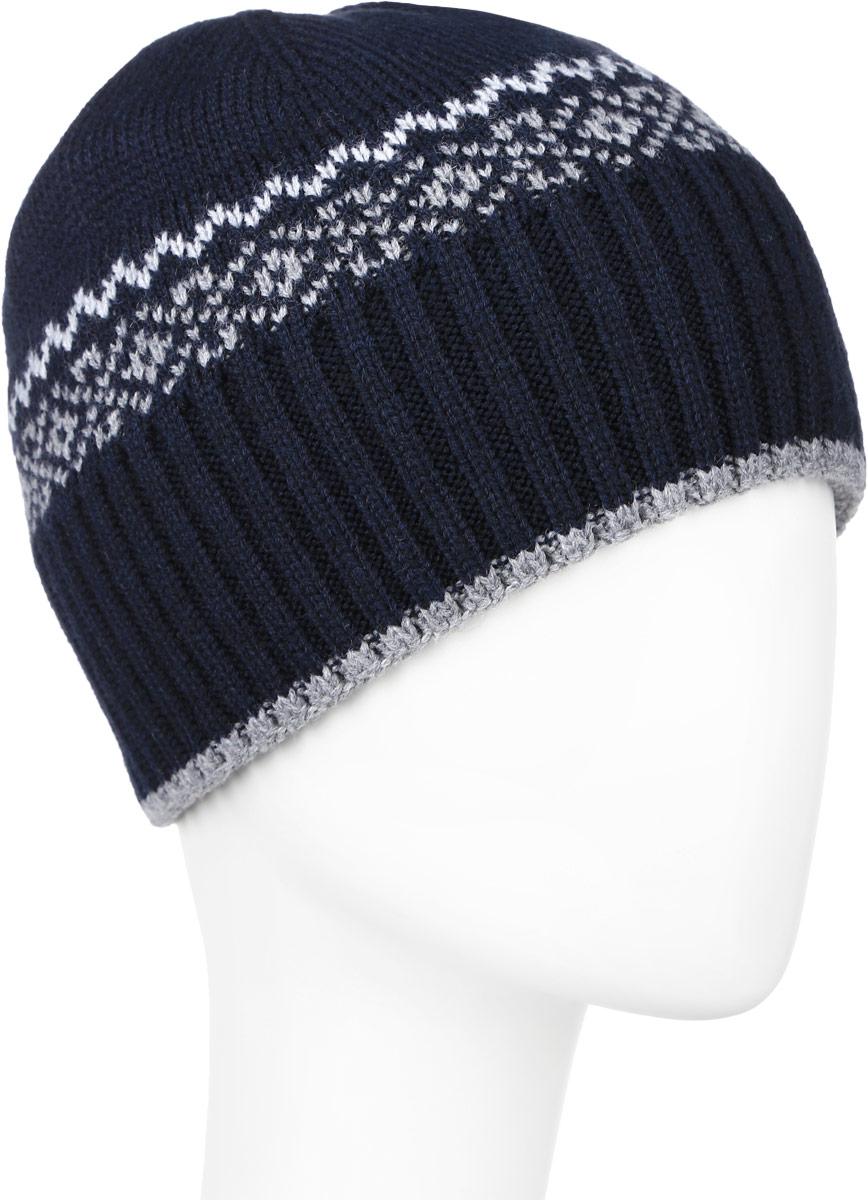Шапка мужская Baon, цвет: темно-синий. B846528. Размер универсальныйB846528_DEEP NAVYВязаная мужская шапка Baon выполнена из шерсти и акрила. Модель украшена контрастным геометрическим узором.