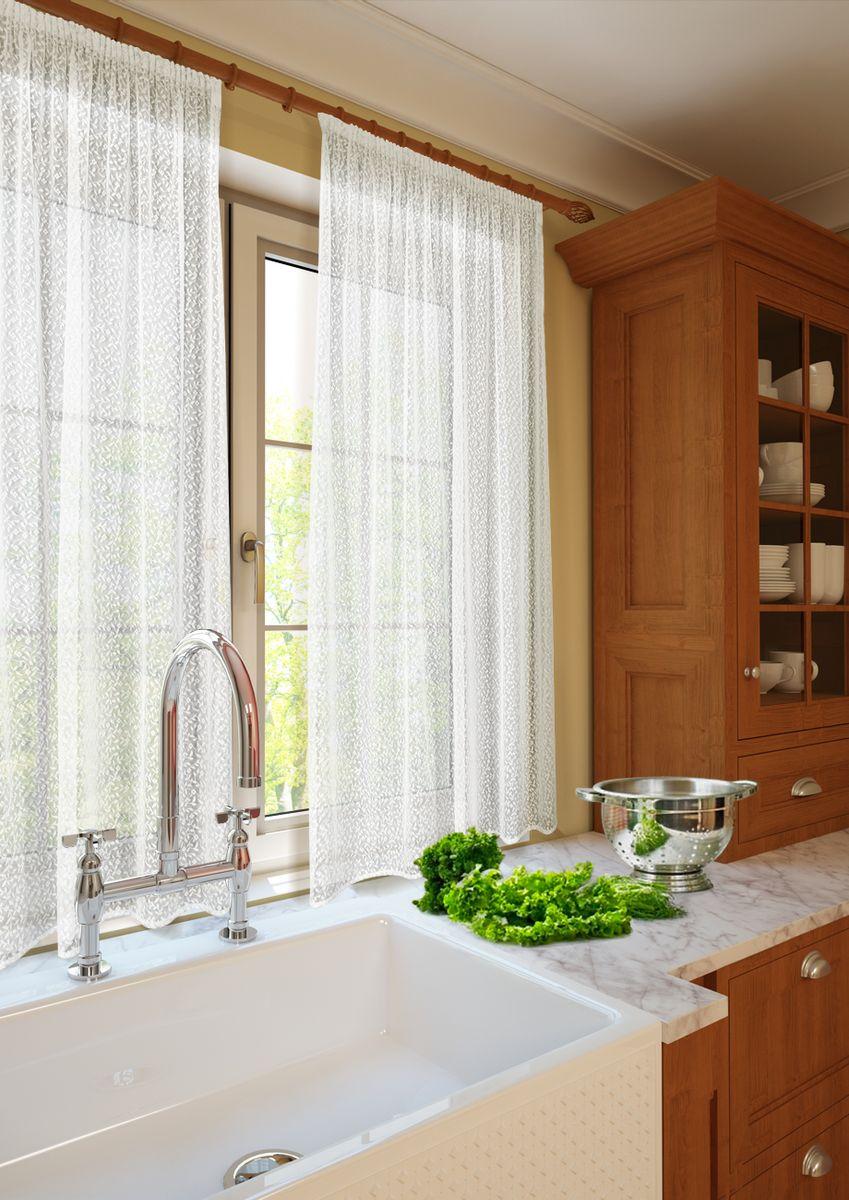 Комплект штор для кухни KauffOrt Монро, на ленте: 2 тюля 134 х 165 см3123232115Комплектация: 1 Тюль с фестоном. Материал: Кружевная сетка. Состав: 100% Полиэстер. Цвет: шампань. Применение: кухня, дача.