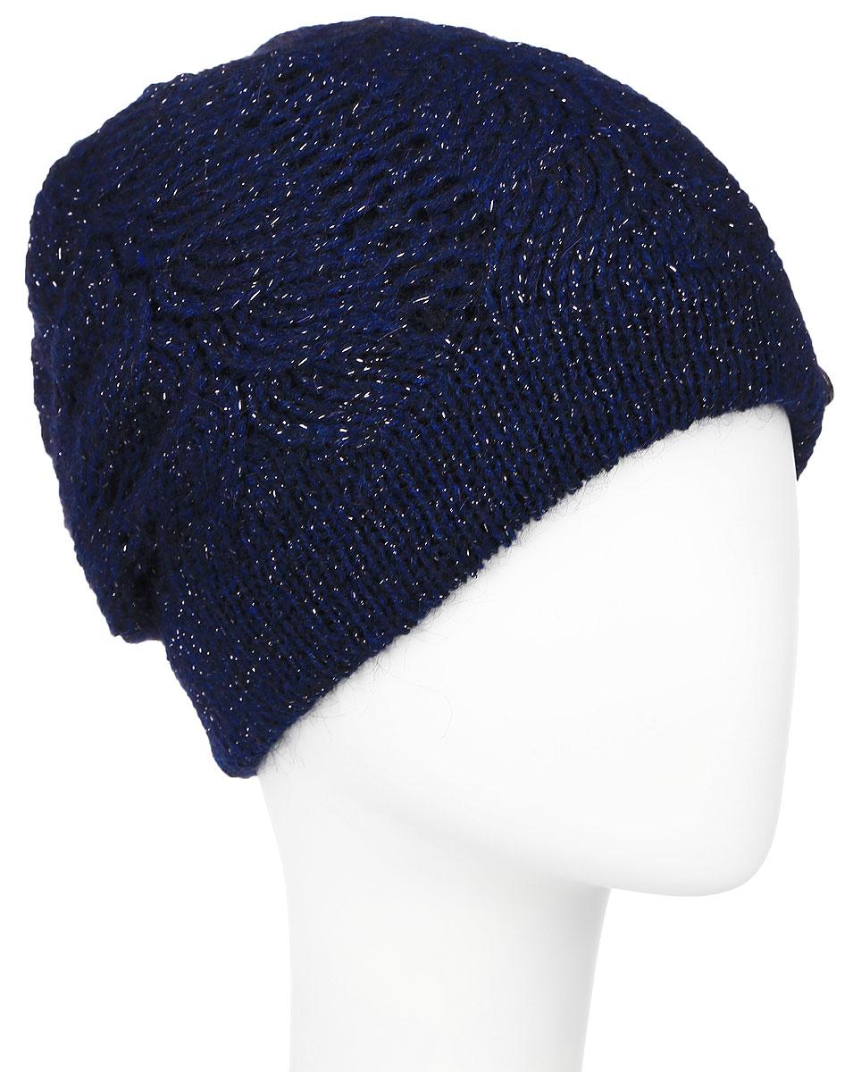 Шапка женская Baon, цвет: темно-синий. B346507. Размер универсальныйB346507_DARK NAVYВязаная женская шапка Baon выполнена из высококачественной комбинированной пряжи из эластичного акрила и теплой шерсти, что позволяет ей великолепно сохранять тепло и обеспечивает высокую эластичность и удобство посадки. Модель оформлена объемным вязаным узором. Шапка дополнена блестящим стильным люрексом, а также металлическим лейблом с логотипом бренда.