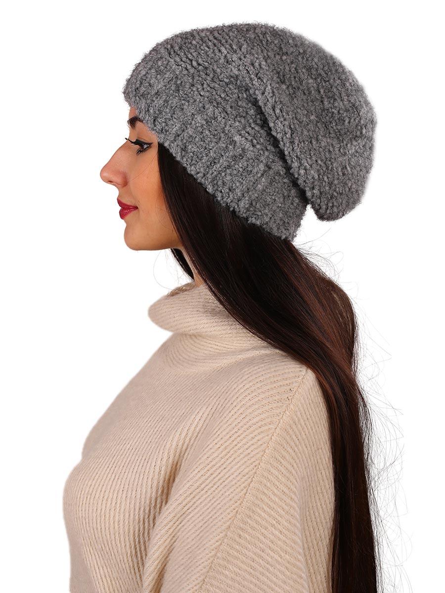 Шапка женская Venera, цвет: серый. 9806287-3. Размер универсальный9806287-3Вязаная женская шапка Venera выполнена из высококачественной комбинированной пряжи, что позволяет ей великолепно сохранять тепло и обеспечивает высокую эластичность и удобство посадки. Такая шапка-чулок отлично дополнит повседневный или спортивный образ.