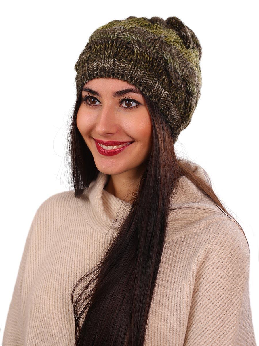 Шапка женская Venera, цвет: коричневый, зеленый. 9806187-6. Размер универсальный9806187-6Вязаная женская шапка Venera выполнена простой вязкой из высококачественной комбинированной пряжи, что позволяет ей великолепно сохранять тепло и обеспечивает высокую эластичность и удобство посадки. Шапка-чулок, с широкой резинкой по краю, отлично дополнит повседневный или спортивный образ.
