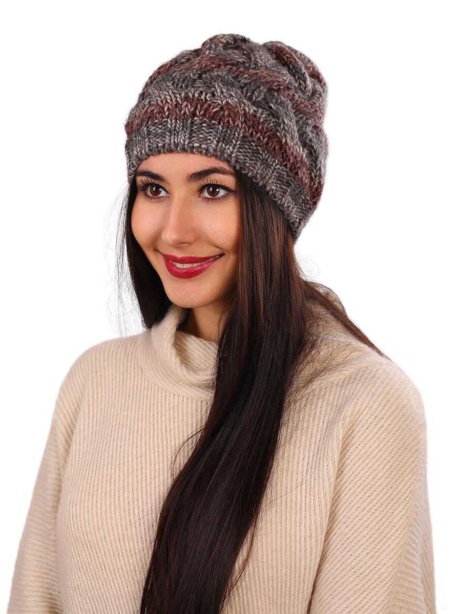 Шапка женская Venera, цвет: серый, коричневый. 9806187-5. Размер универсальный9806187-5Вязаная женская шапка Venera выполнена простой вязкой из высококачественной комбинированной пряжи, что позволяет ей великолепно сохранять тепло и обеспечивает высокую эластичность и удобство посадки. Шапка-чулок, с широкой резинкой по краю, отлично дополнит повседневный или спортивный образ.