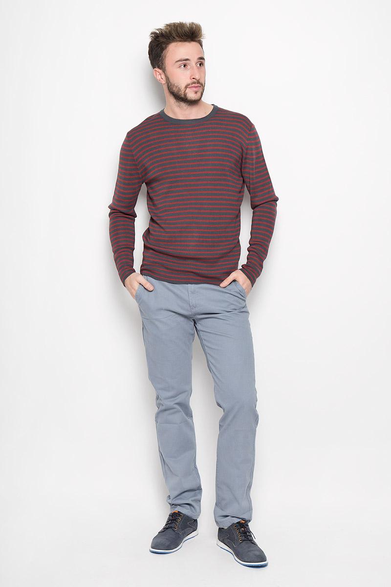 Джемпер мужской Finn Flare, цвет: темно-серый, красный. W16-42102_202. Размер S (46) кардиган мужской finn flare цвет темно синий бежевый w16 22107 101 размер s 46