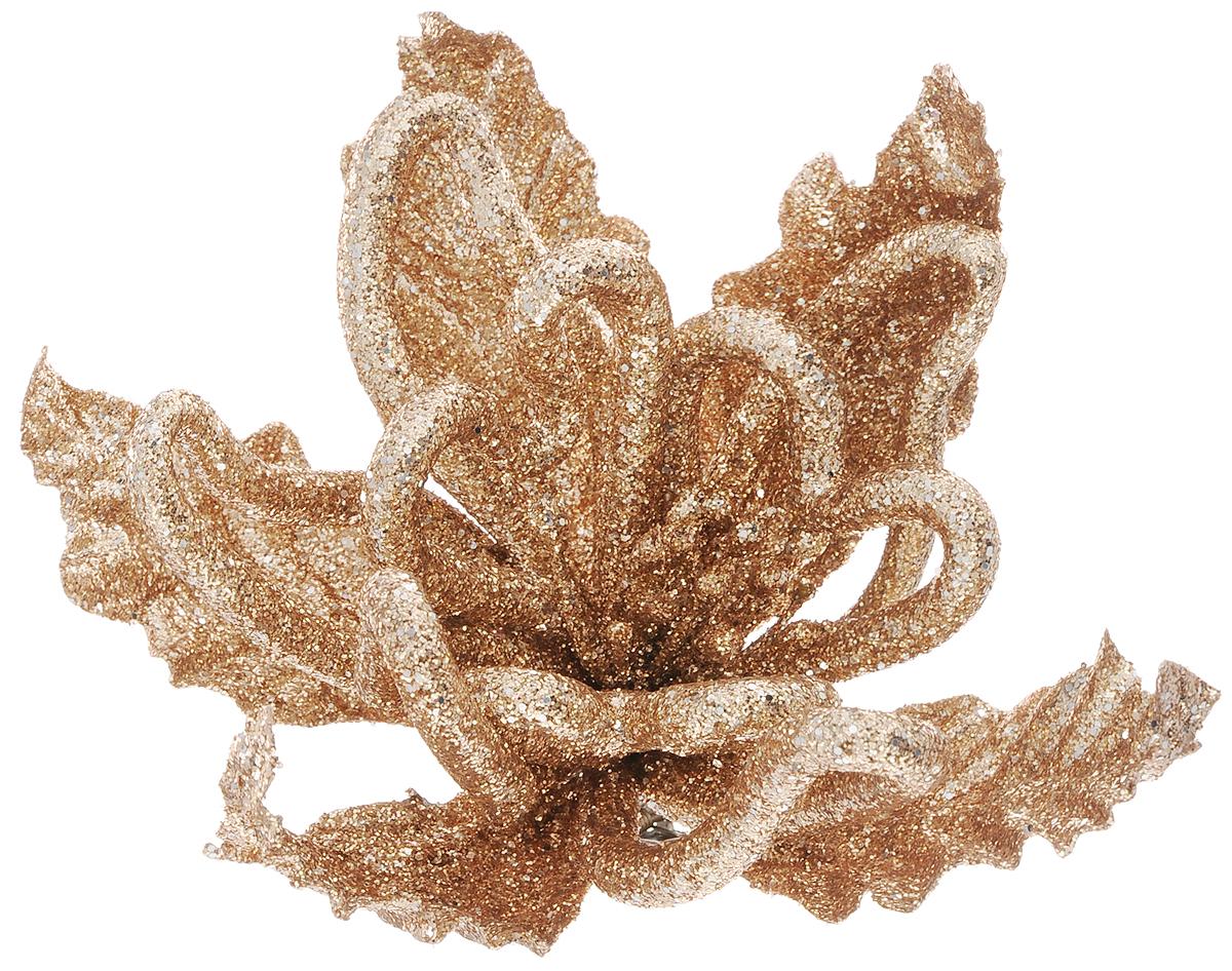 Украшение новогоднее Феникс-Презент Цветок золотой, на клипсе, длина 18 см42505Новогоднее подвесное украшение Феникс-Презент Цветок золотой выполнено из поливинилхлорида в виде цветка и украшено блестками. С помощью специальной клипсы украшение можно повесить в любом понравившемся вам месте. Но, конечно, удачнее всего оно будет смотреться на праздничной елке.Елочная игрушка - символ Нового года. Она несет в себе волшебство и красоту праздника. Создайте в своем доме атмосферу веселья и радости, украшая новогоднюю елку нарядными игрушками, которые будут из года в год накапливать теплоту воспоминаний.