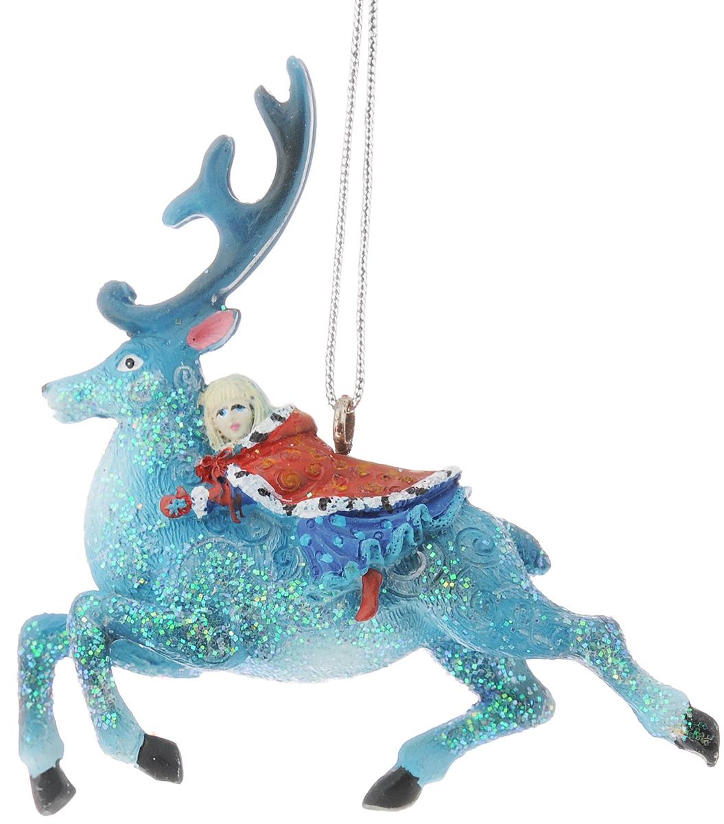 Украшение новогоднее подвесное Феникс-Презент Герда, 8,3 х 2,8 х 9,1 см42175Новогоднее украшение Феникс-презент Герда, изготовленное из высококачественного полирезина, прекрасно подойдет для праздничного декора дома и новогодней ели. С помощью специальной текстильной петельки его можно повесить в любом понравившемся вам месте. Но, конечно, удачнее всего такая игрушка будет смотреться на праздничной елке. Елочная игрушка - символ Нового года. Она несет в себе волшебство и красоту праздника. Создайте в своем доме атмосферу веселья и радости, украшая новогоднюю елку нарядными игрушками, которые будут из года в год накапливать теплоту воспоминаний.