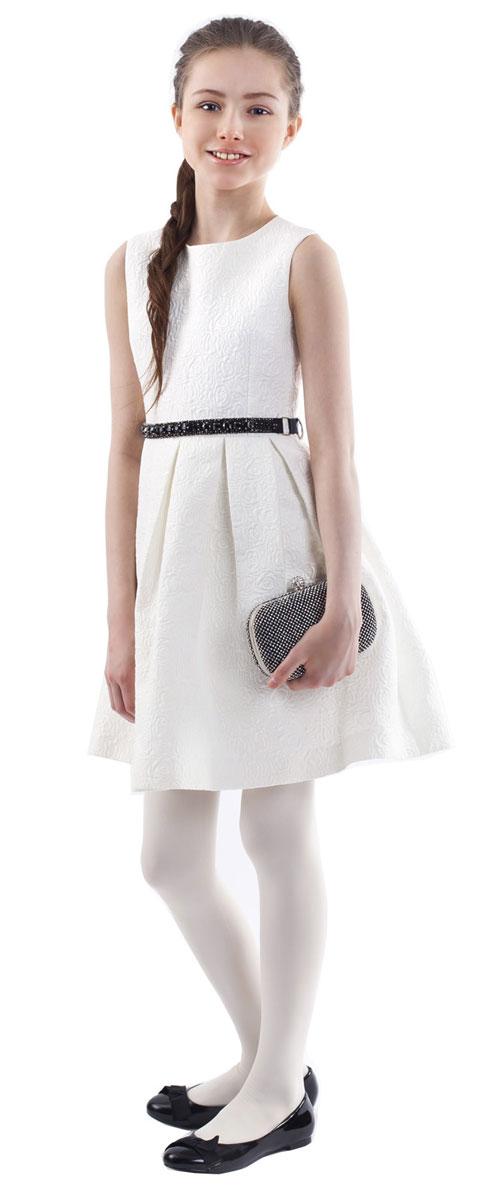 Платье для девочки Gulliver, цвет: молочный. 216GPGKC2506. Размер 122216GPGKC2506Какими должны быть нарядные платья? Разными! Кто-то предпочитает купить платье - пышную модель как у настоящей принцессы, но кто-то выбирает стильные лаконичные решения с изюминкой и загадкой. Нежное молочное платье из благородного жаккардового полотна - идеальный вариант для тех, кто ценит изящество и элегантность. Черный пояс, расшитый стразами подчеркнет торжественность момента.