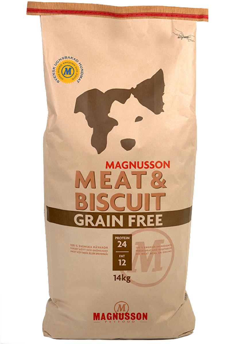 Корм сухой Magnusson Meat & Biscuit Grain Free для взрослых собак, беззерновой, 14 кгF251400Корм сухой Magnusson Meat & Biscuit Grain Free - это полноценное, сбалансированное, богатое по составу питание, в котором нет злаков. Источником животного белка является филейная часть говядины (44% свежего мяса) без добавления мясной, рыбной, куриной муки или субпродуктов. В составе корма есть свежие куриные яйца, как источник всех незаменимых аминокислот, и свежая морковь, которая является отличным источником витамина А, регулирует углеводный обмен и оказывает положительное воздействие на работу пищеварительной системы вашей собаки. Источники углеводов: картофель, улучшающий обмен веществ и богатый минеральными веществами, благотворно влияющими на пищеварительную систему, и горох, который является уникальным источником углеводов и улучшает моторику кишечника. Черника, также входящая в состав, богата антиоксидантами, витаминами А, К и С, фосфором, кальцием, калием и полезна для здоровья глаз и мозга собаки. А в ягодах брусники большое количество полезных витаминов. В состав входят: свежая говядина, горох, высушеный картофель, рапсовое масло, свежие яйца, пастернак, морковь, черника и брусника. Аналитические компоненты: белок, сырой жир, сырая клетчатка, углеводы (НФО), минеральные вещества (кальций, фосфор), вода. Витамины: Витамин А, Витамин С, Витамин D, Витамин Е, В1 тиамин, моногидрат, рибофлавин, марганец, ниацин, йодат кальций, кислород, селенит натрия, биотин, кобаламин, аскорбиновая кислота, оксид цинка, пентагидрат сульфата. Товар сертифицирован.