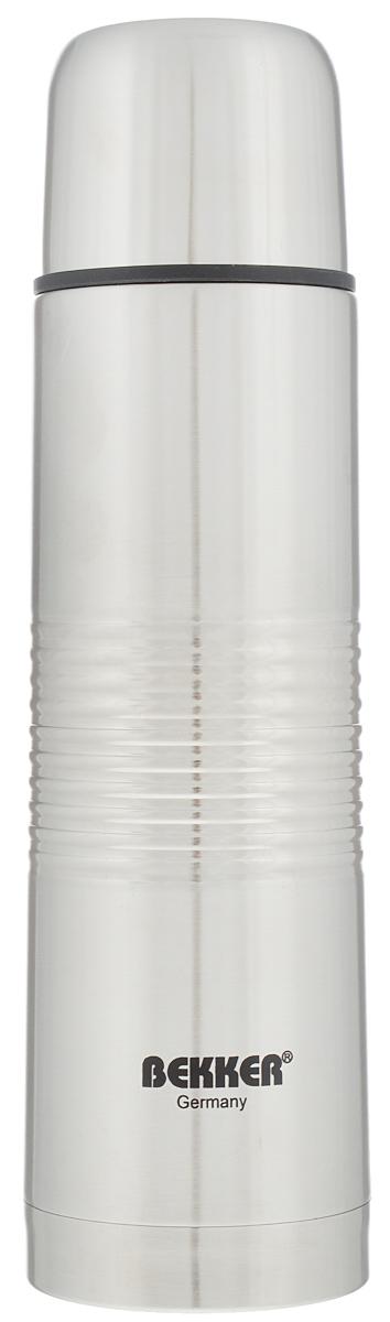 Термос Bekker, металлический, цвет: серебристый, 0,5 л.BK-81Термос Bekker изготовлен из нержавеющей стали и прекрасно подойдет как длягорячих, так и для холодных напитков. Вакуумная колба сохранит температуру горячего напитка на протяжении 24 часов. Термос оснащен удобной крышкой-чашкой. Вакуумная кнопка позволяет предотвратить проливания напитка.Высота термоса с учетом крышки: 24,5 см.Диаметр дна: 6,8 см.