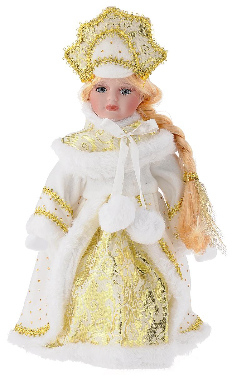 Кукла декоративная Magic Time Снегурочка Алечка, на подставке, высота 30 см41689Декоративная кукла Magic Time Снегурочка Алечка выполнена из высококачественной керамики. Туловище куклы мягкое набивное. Трогательные глаза обрамлены пышными ресницами, а светлые волосы заплетены в косу. Кукла максимально приближена к живому прототипу - юной леди с румянцем на щеках. Снегурочка наряжена в роскошную шубку декорированной тесьмой и блестками, а голова украшена кокошником. Кукла устанавливается на пластиковую подставку, благодаря которой вы можете поместить ее в любом понравившемся месте. Такая кукла займет достойное место в вашей коллекции илистанет чудесным подарком на Новый год.