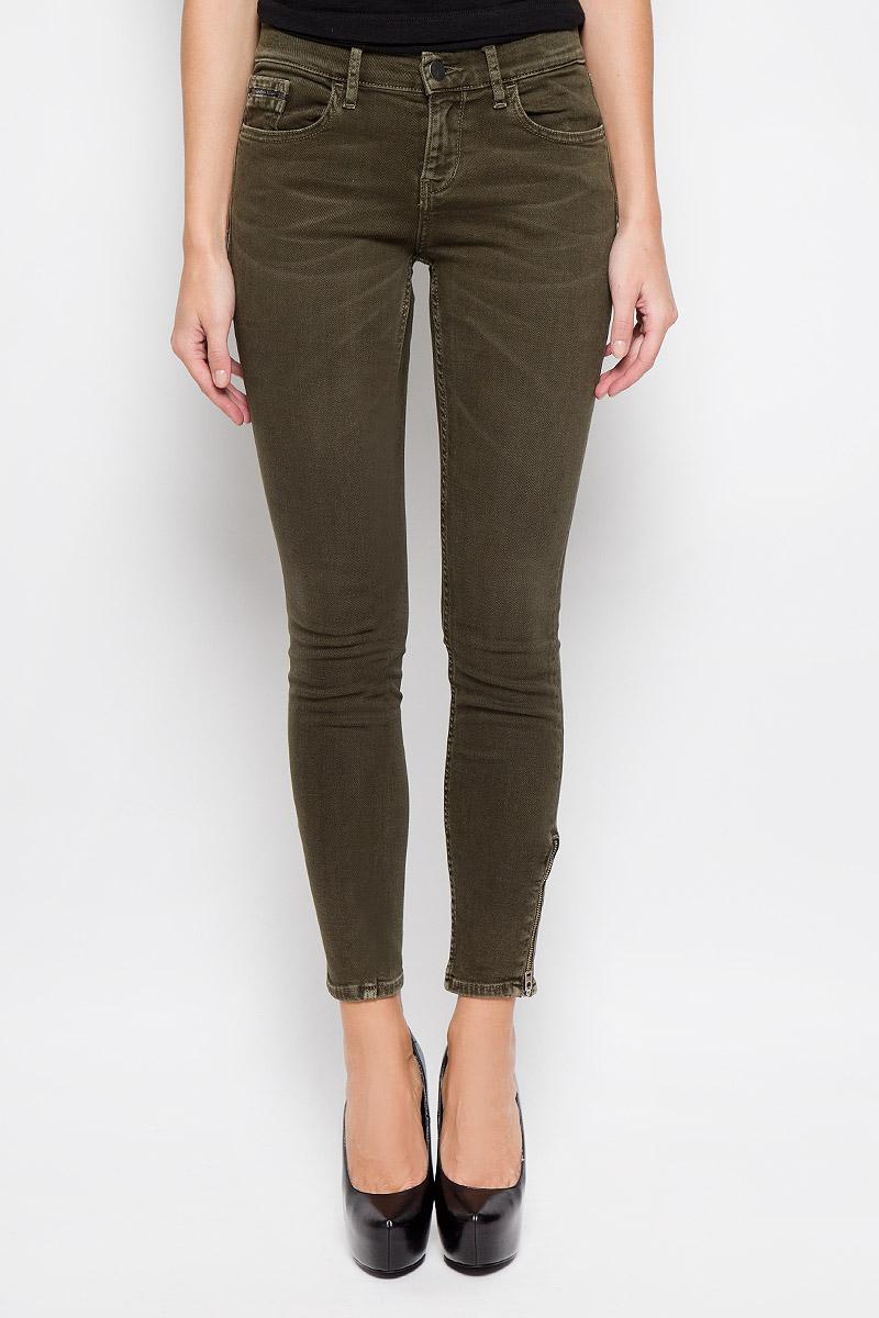 Джинсы женские Calvin Klein Jeans, цвет: темно-зеленый. J20J200627. Размер 26 (38/40) джинсы женские dkny j3410010 jeans