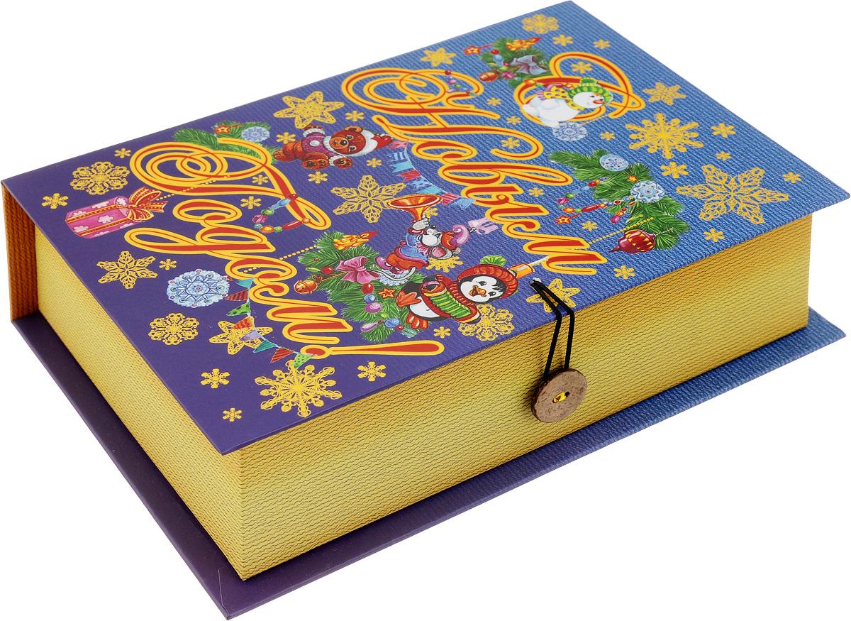 Коробка подарочная Феникс-Презент Пингвин и мишка, 20 х 14 х 6 см41787Подарочная коробка Феникс-Презент Пингвин и мишка, выполненная из плотного картона, закрывается на пуговицу. Крышка оформлена ярким изображением и надписью С Новым годом!.Подарочная коробка - это наилучшее решение, если вы хотите порадовать ваших близких и создать праздничное настроение, ведь подарок, преподнесенный в оригинальной упаковке, всегда будет самым эффектным и запоминающимся. Окружите близких людей вниманием и заботой, вручив презент в нарядном, праздничном оформлении.Плотность картона: 1100 г/м2.