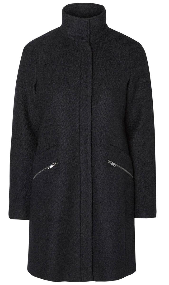 Пальто женское Vero Moda, цвет: черный. 10157240. Размер L (46)10157240_BlackЖенское пальто Vero Moda с длинными рукавами-реглан и воротником-стойкой выполнено из полиэстера с добавлением шерсти.Пальто застегивается на застежку-молнию спереди, оснащено ветрозащитным клапаном на кнопках. Изделие дополнено двумя втачными карманами на застежках-молниях спереди.