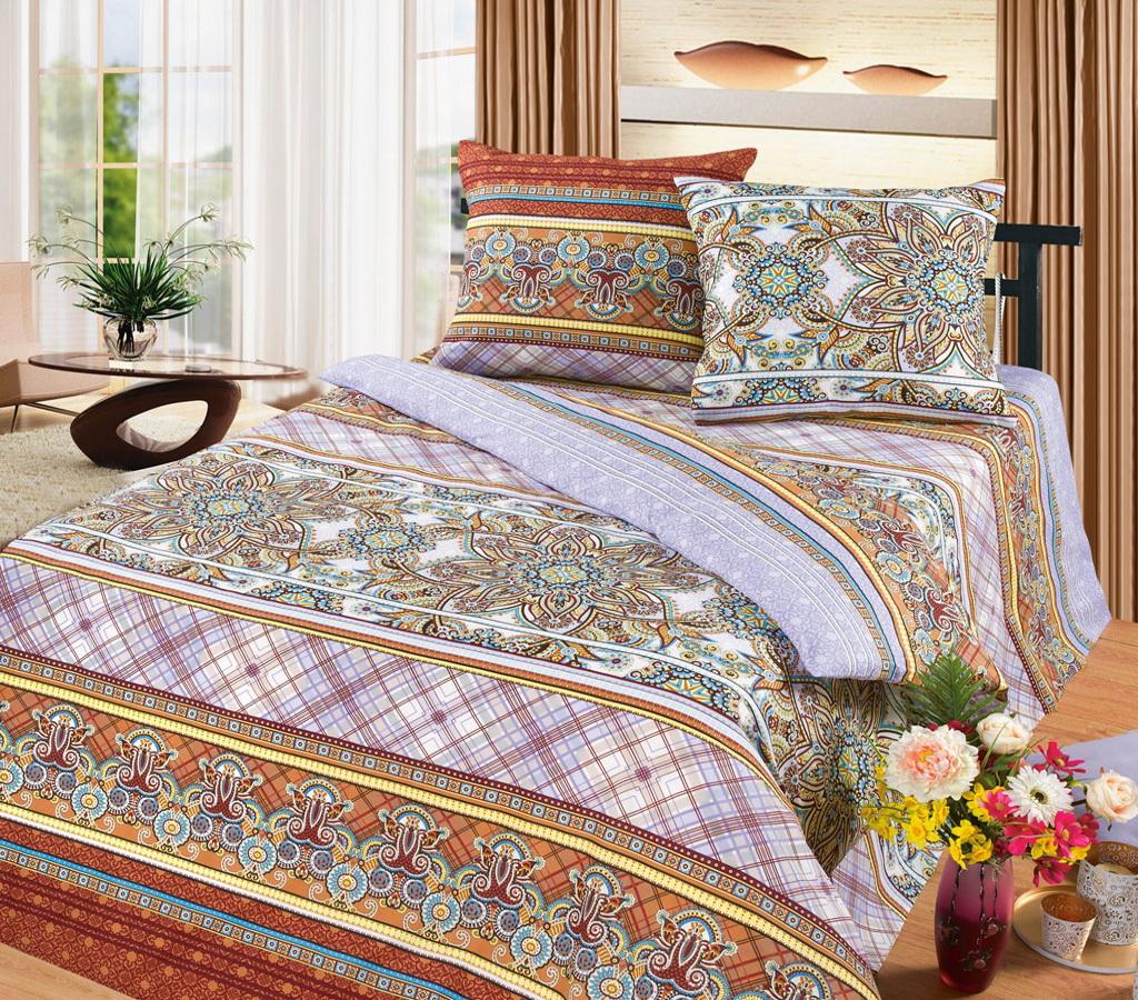 Комплект белья Cleo Катрин, 1,5-спальный, наволочки 70x7015/320-BКоллекция постельного белья из бязи CLEO – это классика сна. Вся коллекция выполнена из 100% хлопка, т.е. во время сна будет комфортно в любое время года! Благодаря пигментному способу нанесение печати, даже после многократных стирок (деликатный режим), постельное белье сохраняет свой первоначальный вид.Постельное белье из бязи имеет ряд уникальных свойств: экологичность, гипоаллергенность, благодаря особому способу переплетения нитей в полотне, обеспечивается особая плотность ткани, что делает ее устойчивой к износу, сохраняется внешний вид на долгие годы, загрязнения прекрасно отстирываются любыми средствами, не садится, легко гладится, не накапливает статического электричества, благодаря составу из 100% хлопка, обладает исключительной терморегуляцией. Комплект состоит из пододеяльника, двух наволочек и простыни.
