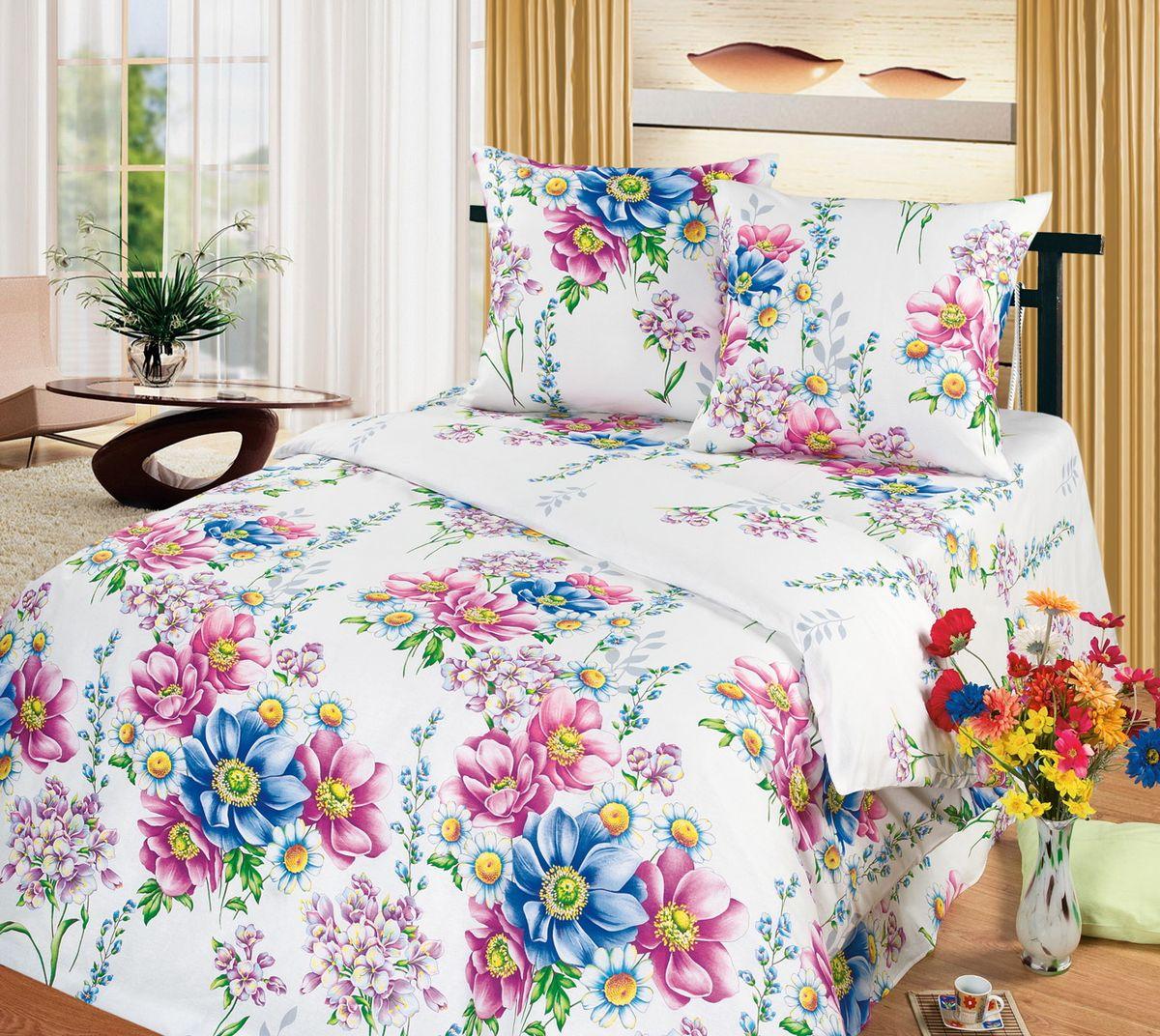 Комплект белья Cleo Акварель, 2-спальный, наволочки 70x7020/309-BКоллекция постельного белья из бязи CLEO – это классика сна. Вся коллекция выполнена из 100% хлопка, т.е. во время сна будет комфортно в любое время года! Благодаря пигментному способу нанесение печати, даже после многократных стирок (деликатный режим), постельное белье сохраняет свой первоначальный вид.Постельное белье из бязи имеет ряд уникальных свойств: экологичность, гипоаллергенность, благодаря особому способу переплетения нитей в полотне, обеспечивается особая плотность ткани, что делает ее устойчивой к износу, сохраняется внешний вид на долгие годы, загрязнения прекрасно отстирываются любыми средствами, не садится, легко гладится, не накапливает статического электричества, благодаря составу из 100% хлопка, обладает исключительной терморегуляцией. Комплект состоит из пододеяльника, двух наволочек и простыни.