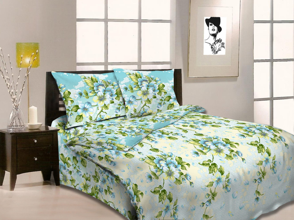 Комплект белья Cleo Аромат весны, 2-спальный, наволочки 70x7020/348-BКоллекция постельного белья из бязи CLEO – это классика сна. Вся коллекция выполнена из 100% хлопка, т.е. во время сна будет комфортно в любое время года! Благодаря пигментному способу нанесение печати, даже после многократных стирок (деликатный режим), постельное белье сохраняет свой первоначальный вид.Постельное белье из бязи имеет ряд уникальных свойств: экологичность, гипоаллергенность, благодаря особому способу переплетения нитей в полотне, обеспечивается особая плотность ткани, что делает ее устойчивой к износу, сохраняется внешний вид на долгие годы, загрязнения прекрасно отстирываются любыми средствами, не садится, легко гладится, не накапливает статического электричества, благодаря составу из 100% хлопка, обладает исключительной терморегуляцией. Комплект состоит из пододеяльника, двух наволочек и простыни.