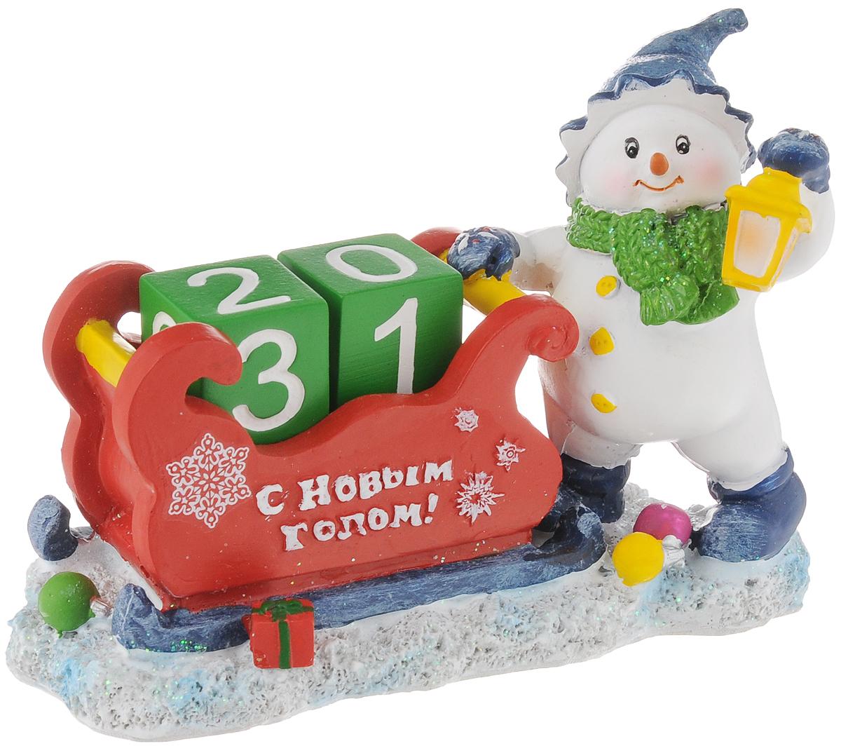 Сувенир-календарь новогодний Magic Time Снеговик с фонарем, 14 х 6,5 х 10 см