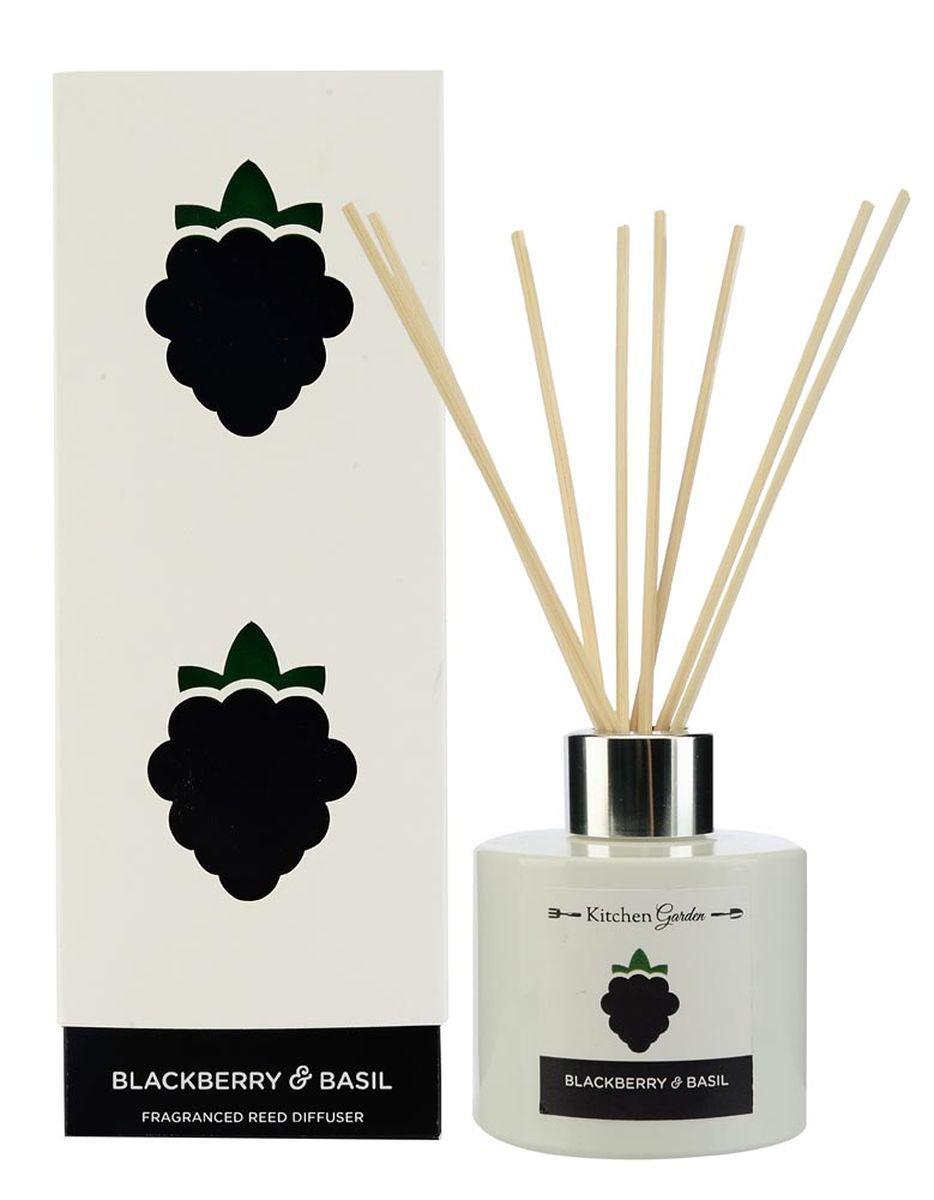 Диффузор ароматический Wax Lyrical Ежевика и базилик, 100 млKG0101Диффузор ароматический Wax Lyrical Ежевика и базилик - это простое, изящное и долговременное решение, как наполнить дом или офис приятным запахом. Аромат, состоящий из сочной ежевики и спелых плодов яблоневого и грушевого деревьев, обогащённый травянистым оттенком базилика. Диффузор - это не просто освежитель воздуха, а элемент декора, который окутает вас своим приятным и нежным ароматом. Отлично подойдет в качестве подарка. Способ применения: поместите палочки в вазу с ароматической жидкостью. Степень интенсивности запаха может регулироваться объемом ароматической жидкости и количеством палочек. Товар сертифицирован.