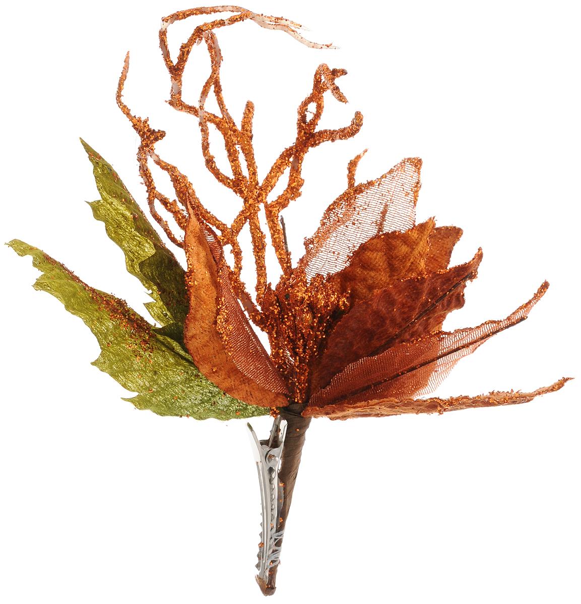 """Новогоднее украшение Феникс-Презент """"Пуансеттия оранжевая"""" выполнено из поливинилхлорида в форме букета из листьев. Изделие крепится с помощью клипсы. Украшение можно прикрепить в любом понравившемся вам месте. Но, конечно, удачнее всего оно будет смотреться на праздничной елке.Елочная игрушка - символ Нового года. Она несет в себе волшебство и красоту праздника. Создайте в своем доме атмосферу веселья и радости, украшая новогоднюю елку нарядными игрушками, которые будут из года в год накапливать теплоту воспоминаний.Материал: поливинилхлорид.Размеры: 13 х 16 см."""