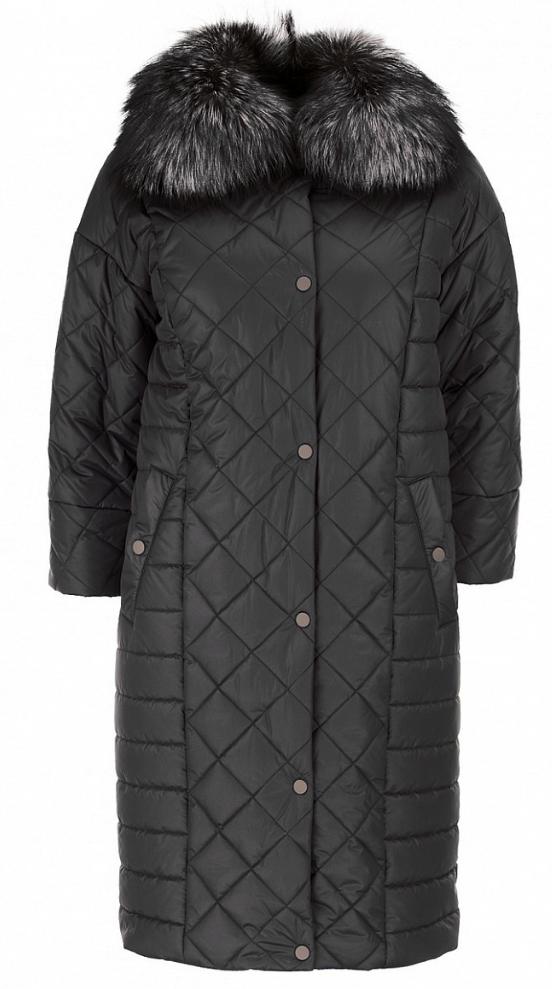 Пальто женское Baon, цвет: черный. B036652. Размер 54B036652_BLACKЖенское пальто Baon с рукавами 3/4 и отложным воротником выполнено из полиамида. Наполнитель - полиэстер. Пальто застегивается на застежку-молнию спереди, имеется ветрозащитный клапан на кнопках. Воротник украшен натуральным мехом. Изделие дополнено двумя втачными карманами на кнопках спереди.
