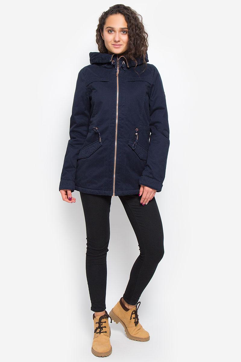 Куртка женская ONeill Aw Comfort Jacket, цвет: темно-синий. 655116-5114. Размер L (48)655116-5114Стильная женская парка ONeill Aw Comfort Jacket с наполнителем из полиэстера согреет вас в прохладную погоду и позволит выделиться из толпы. Модель прямого кроя с длинными рукавами и воротником-капюшоном застегивается на застежку-молнию и оснащена внутренним ветрозащитным клапаном. Изделие дополнено спереди двумя прорезными карманами с клапанами на кнопках. На талии парка затягивается на шнурок-кулиску. Объем капюшона также регулируются при помощи шнурка-кулиски. Манжеты рукавов дополнены хлястиками на пуговицах. Такая стильная парка станет прекрасным дополнением к вашему гардеробу, она подарит вам комфорт и тепло.