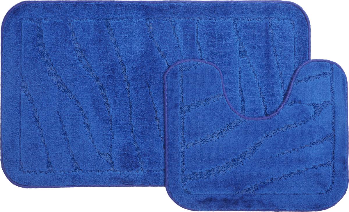 """Набор MAC Carpet """"Рома. Линии"""", выполненный из полипропилена, состоит из двух ковриков для ванной комнаты, один из которых имеет вырез под унитаз. Противоскользящее основание изготовлено из термопластичной резины. Коврики мягкие и приятные на ощупь, отлично впитывают влагу и быстро сохнут. Высокая износостойкость ковриков и стойкость цвета позволит вам наслаждаться покупкой долгие годы. Можно стирать вручную или в стиральной машине на деликатном режиме при температуре 30°С."""