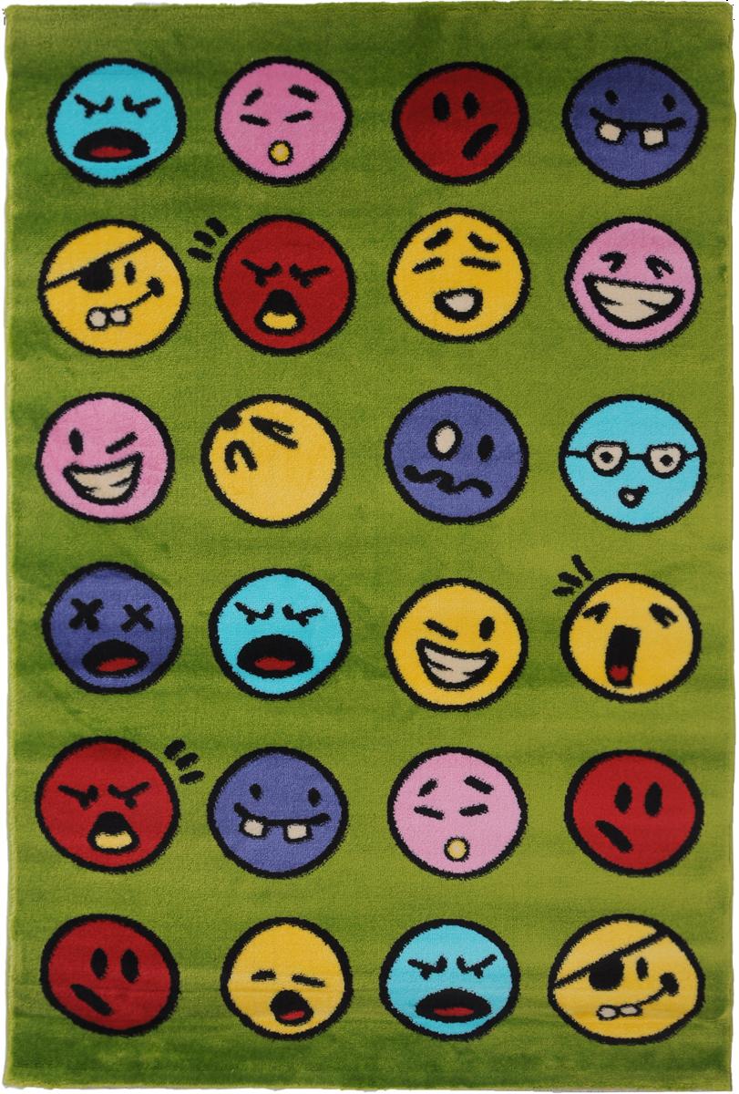 Ковер детский Kamalak Tekstil Emoji, прямоугольный, 100 x 150 смУКД-2028Детский ковер Kamalak Tekstil Emoji изготовлен из высококачественногополипропилена. Полипропилен износостоек, нетоксичен, не впитывает влагу, не провоцирует аллергию. Структураволокна в полипропиленовых коврах гладкая, поэтому грязь не будет въедаться и скапливатьсяна ворсе. Практичный и износоустойчивый ворс не истирается и не накапливает статическоеэлектричество.Ковер обладает хорошими показателями теплостойкости и шумоизоляции. Оригинальный рисунокпозволит гармонично оформить интерьер детской комнаты.За счет невысокого ворса ковер легко чистить. При надлежащем уходе синтетический коверпрослужит долго, не утратив ни яркости узора, ни блеска ворса, ни упругости.Самый простой способ избавить изделие от грязи - пропылесосить его с обеих сторон (лицевой иизнаночной). Влажная уборка с применением шампуней и моющих средств не противопоказана. Хранить рекомендуется в свернутом рулоном виде.