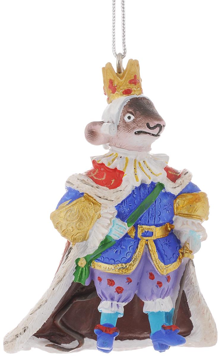 Украшение новогоднее подвесное Феникс-Презент Мышиный король, высота 8,4 см42168Новогоднее украшение Феникс-Презент Мышиный король отлично подойдет для декорации вашего дома и новогодней ели. Изделие выполнено из полирезины и оснащено специальной петелькой для подвешивания.Елочная игрушка - символ Нового года. Она несет в себе волшебство и красоту праздника. Создайте в своем доме атмосферу веселья и радости, украшая всей семьей новогоднюю елку нарядными игрушками, которые будут из года в год накапливать теплоту воспоминаний.Размер украшения: 5,7 х 5,3 х 8,4 см.