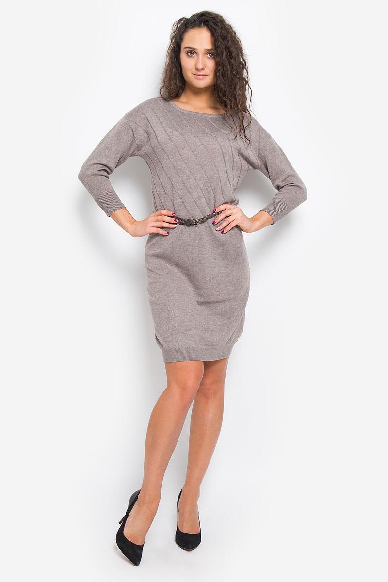 Платье Sela Casual, цвет: какао. DSw-117/1074-6445. Размер L (48)DSw-117/1074-6445Легкое трикотажное платье Sela Casual, изготовленное из высококачественного комбинированного материала, поможет создать привлекательный образ. Материал изделия мягкий, тактильно приятный, позволяет коже дышать. Модель с круглым вырезом горловины и цельнокроеными рукавами длинной 3/4. Платье оформлено однотонными полосками и дополнено тонким, текстильным пояском.Такое платье будет дарить вам комфорт в течение всего дня, и послужит замечательным дополнением к вашему гардеробу.