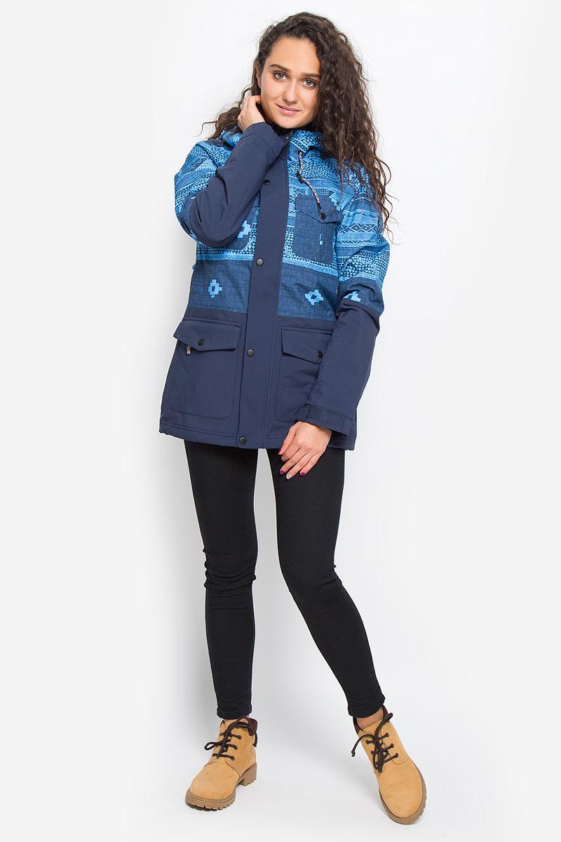 Куртка для сноуборда женская ONeill Pw Cluster Jacket, цвет: синий, голубой. 655026-5900. Размер M (46)655026-5900Женская куртка для сноуборда ONeill Pw Cluster Jacket выполнена из полиэстера с подкладкой из синтепона. Модель с длинными рукавами и несъемным капюшоном застегивается на застежку-молнию спереди и имеет ветрозащитный клапан на кнопках. Изделие имеет спереди четыре накладных кармана с клапанами на кнопках, внутренним втачным карманом на молнии и накладным карманом-сеткой. Рукава дополнены хлястиками на липучках, которые позволяют регулировать обхват манжет. По бокам куртки, от линии талии до середины рукавов, расположены вентиляционные отверстия с сетчатыми вставками, закрывающиеся на застежки-молнии. Куртка оснащена противоснежной вставкой на кнопках. Объем капюшона регулируется при помощи шнурка-кулиски. По низу куртка также дополнена шнурком-кулиской. Оформлена куртка оригинальным абстрактным принтом.Водонепроницаемость: 10 000 мм. Паронепроницаемость: 10 000 гр/м/24ч.