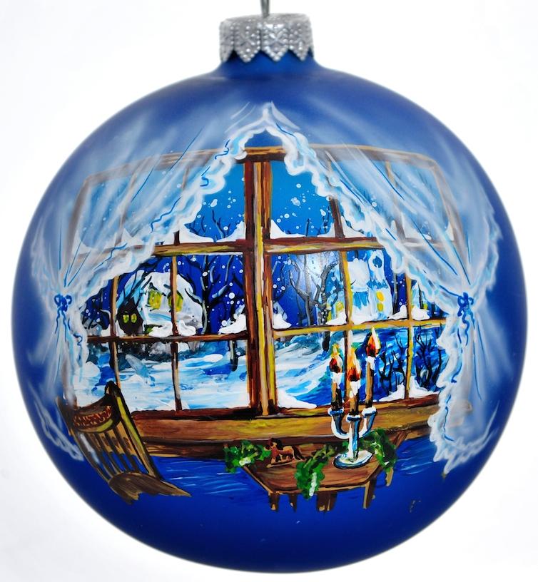 """Стеклянная елочная игрушка - Шар """"Зимнее полнолуние при свечах 2"""" диаметром 100 мм. Ручная роспись. Упакован в подарочную коробку + защитный гофрокороб."""
