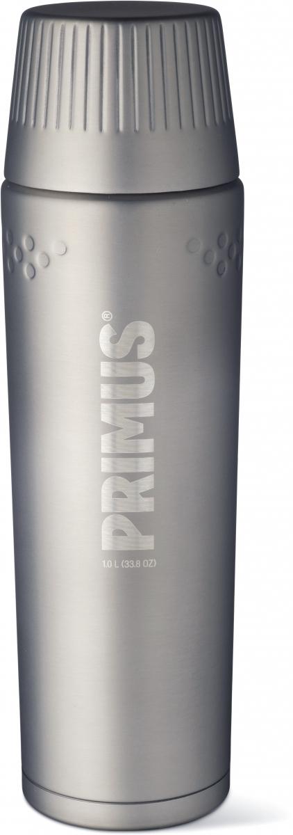 Термос Primus TrailBreak Vacuum Bottle, цвет: серый, 1 л737866Термос обладает двойными стенками и имеет вакуумную изоляцию. Изготовлен из высококачественной нержавеющей стали, что наделяет его очень прочным и износостойким корпусом. Термос отлично подходит для всевозможных приключений в экстремальных условиях, идеально подходит для альпинизма или пешего туризма.Крышка-чашка также имеет двойные стенки и выполнена из нержавеющей стали, чтобы сохранить напиток горячим или холодным долгое время. Большая горловина позволяет термос заполнить напитками и очистить. Если вы захотите пить прямо из термоса, в этом вам поможет запатентованная крышка с функцией ClickClose - просто поверните клапан! Стоит также отметить внешний вид термоса - он выполнен в строгом скандинавском стиле.Объем термоса: 1000 мл.