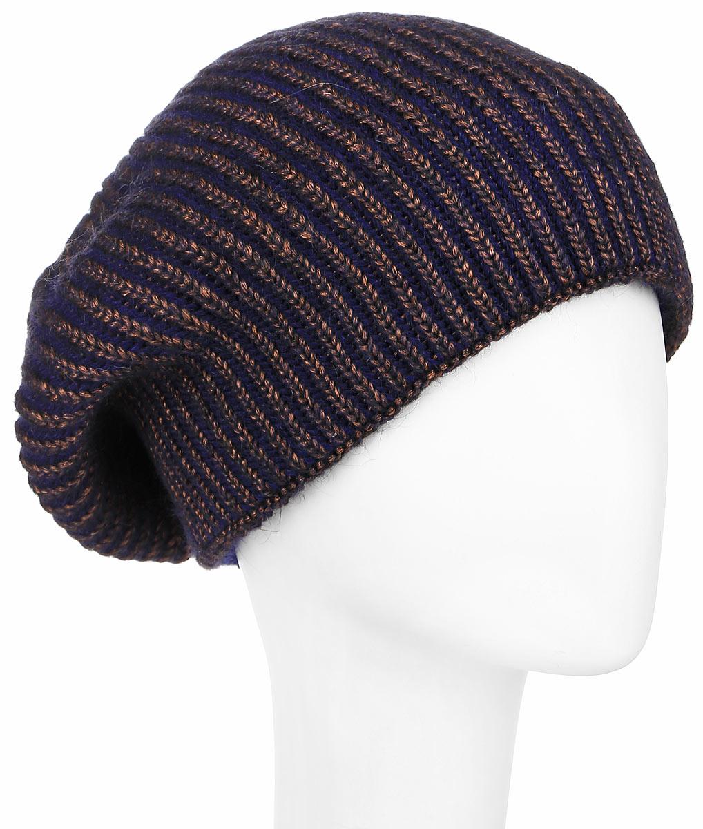 Шапка женская Dispacci, цвет: синий, коричневый. 21107F. Размер универсальный21107FСтильная женская шапка Dispacci, изготовленная из мягкой итальянской пряжи смешанного состава, она обладает хорошими дышащими свойствами и хорошо удерживает тепло. Элегантная шапка немного удлиненная и свободная в макушке оформлена крупной вязкой. Практичная форма модели делает ее очень комфортной, а маленькая аккуратная металлическая пластина с названием бренда подчеркивает ее оригинальность.