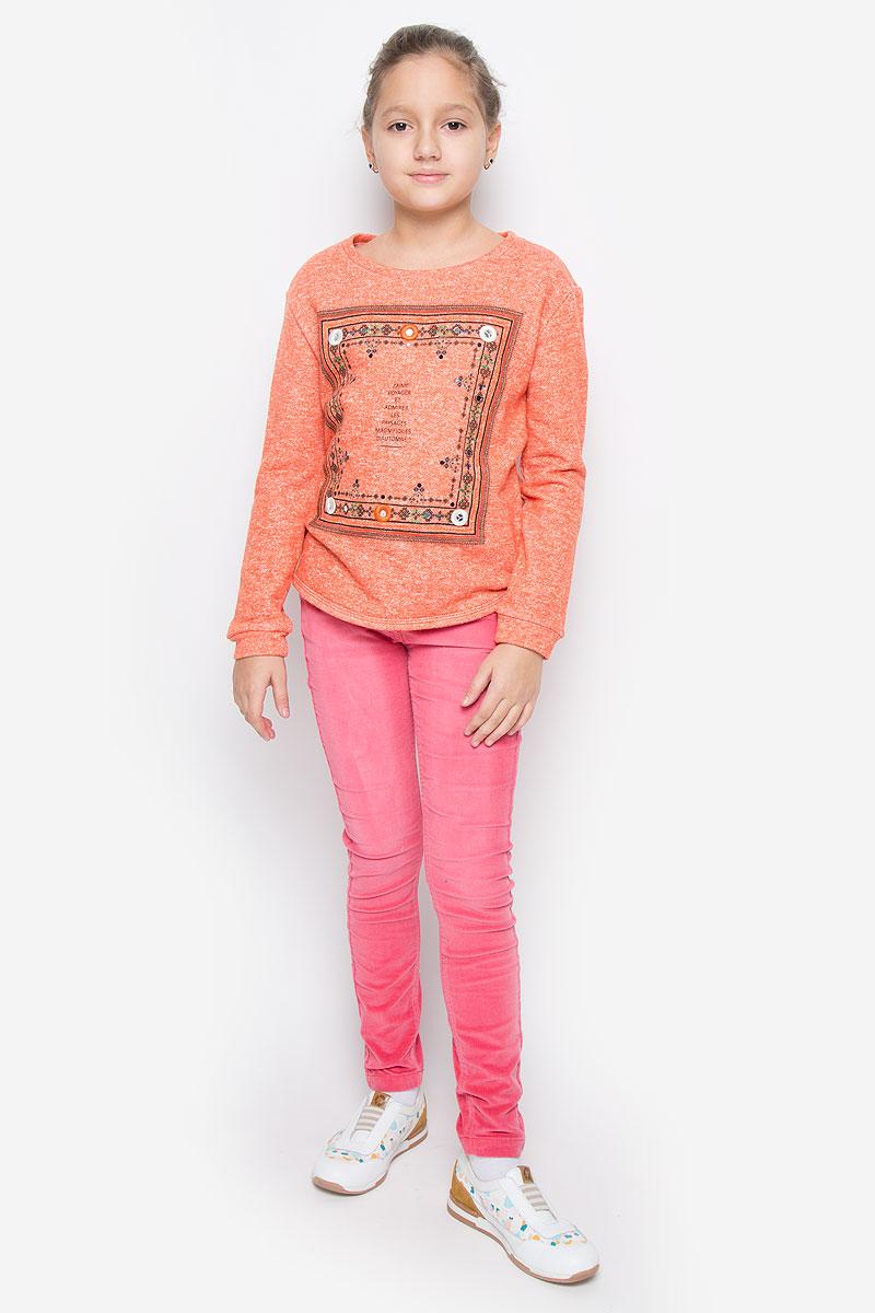 Свитшот для девочки Sela, цвет: оранжевый меланж. St-613/069-6323. Размер 152, 12 летSt-613/069-6323Стильный и теплый свитшот Sela станет отличным дополнением к гардеробу вашей девочки. Свитшот, выполненный из хлопка с добавлением полиэстера, необычайно мягкий и приятный на ощупь, не сковывает движения и позволяет коже дышать, не раздражает даже самую нежную и чувствительную кожу ребенка, обеспечивая наибольший комфорт. Свитшот с длинными рукавами и круглым вырезом горловины оформлен спереди оригинальным принтом, вышивкой и пайетками. Спинка модели немного удлинена. Оригинальный современный дизайн и актуальная расцветка делают этот свитшот модным и стильным предметом детского гардероба.