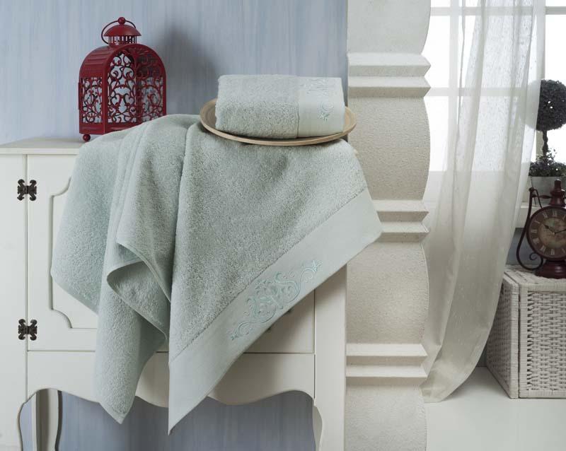 Набор махровых полотенец Karna Velsen, цвет: ментол, 50 х 90 см, 70 х 140 см, 2 шт1225/CHAR006Набор Karna Velsen состоит из 2 махровых полотенец,выполненных из натурального 100% хлопка. Изделия отличновпитывают влагу, быстро сохнут, сохраняют яркость цвета и нетеряют формы даже после многократных стирок.Размер маленького полотенца: 50 х 90 см. Размер большого полотенца: 70 х 140 см. Комплектация: 2 шт.