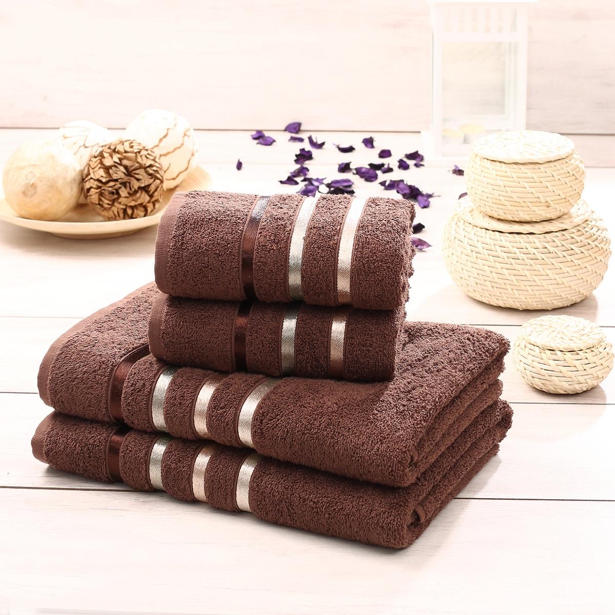 Набор махровых полотенец Karna Bale, цвет: коричневый, 4 шт. 953/CHAR015953/CHAR015Набор Karna Bale включает 2 полотенца для лица, рук и 2 банных полотенца. Изделия выполнены из высококачественного хлопка с отделкой в виде полос. Каждое полотенце отличается нежностью и мягкостью материала, утонченным дизайном и превосходным качеством. Они прекрасно впитывают влагу, быстро сохнут и не теряют своих свойств после многократных стирок. Такой набор создаст в вашей ванной царственное великолепие и подарит чувство ослепительного торжества. А также станет приятным подарком для ваших близких или друзей. Набор украшен текстильной лентой. Размер:50 x 80 см - 2шт. и 70 x 140 см - 2 шт.