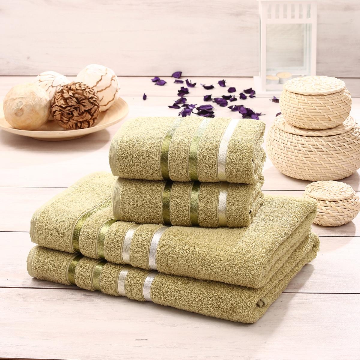 Набор полотенец Karna Bale, цвет: салатовый, 50 х 80 см, 70 х 140 см, 4 штУзТ-ПМ-114-09-03кНабор полотенец Karna Bale изготовлен из высококачественных хлопковых нитей.Хлопковые нити прядутся из длинных волокон. Длина волокон хлопковой нити влияет на свойства ткани, чем длиннее волокна, тем махровое изделие прочнее, пушистее и мягче на ощупь.Также махровое изделие отлично впитывает воду и быстро сохнет. На впитывающие качества махры (ее гигроскопичность) влияет состав волокон. Махра абсолютно не аллергенна, имеет высокую воздухопроницаемость и долгий срок использования ткани. Отличительной особенностью данной модели является её оригинальный дизайн и подарочная упаковка. В наборе: 2 банных полотенца: 70 x 140 см 2 полотенца для лица и рук: 50 х 80 см