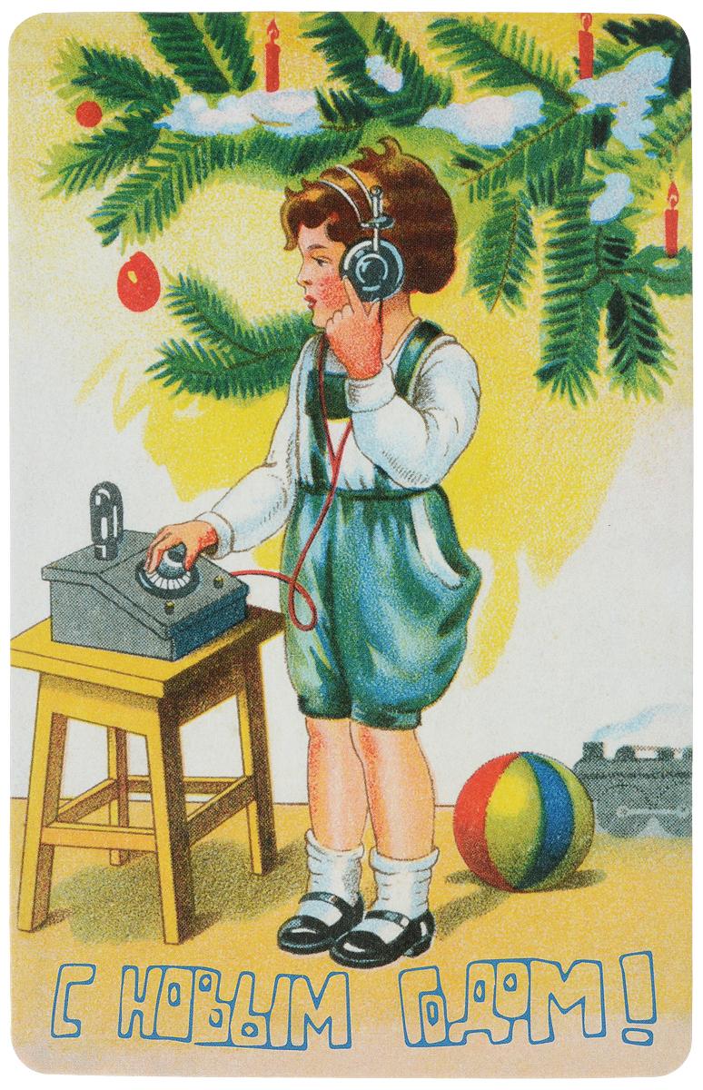 Открытка поздравительная в винтажном стиле Новый год. №328161209Оригинальная поздравительная открытка Новый год выполнена из плотного картона. На лицевой стороне расположено красочноеизображение мальчика. Обратная сторона открытки имеет место для марки и свободное пространство, на ней вы сможете написатьсобственное послание. Необычная и яркая открытка в винтажном стиле поможет вам выразить чувства и передать теплыепоздравления. Такая открытка станет великолепным дополнением к подарку или оригинальным почтовым посланием, которое, несомненно, удивитполучателя своим дизайном и подарит приятные воспоминания.