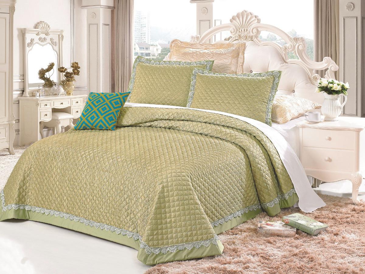 Комплект для спальни Cleo: покрывало 230 х 250 см, 2 наволочки 50 х 70 см, цвет: зеленый272/008-TFКомплект для спальни Cleo состоит из покрывала и двух наволочек. В коллекции используется самый износостойкий материал - полиэстер. Он выдерживает многократные стирки, сохраняет форму и цвет, не изнашивается. Ваша спальня будет всегда стильной и индивидуальной. Коллекция покрывал с наволочками Cleo - идеальный подарок на свадьбу, юбилей и любое торжество!