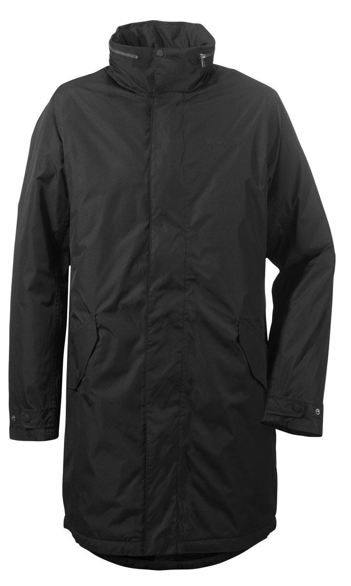 Куртка мужская Didriksons1913 Cole, цвет: черный. 500977_060. Размер XL (52)500977_060Модная мужская куртка Didriksons1913 Cole изготовлена из ветронепроницаемой дышащей ткани - высококачественного материала с утеплителем из 100% полиэстера (240 г/м2). Технология Storm System обеспечивает 100% водонепроницаемость и защиту от любых погодных условий. Швы проклеены. Подкладка выполнена из полиамида.Модель с воротником-стойкой и потайным капюшоном застегивается на молнию и дополнительно на двойной ветрозащитный клапан с кнопками. Капюшон достается из воротника, с помощью застежки-молнии и регулируется при помощи резинки со стоппером. Спереди изделие дополнено двумя прорезными карманами, закрывающимися на клапаны с кнопками, с внутренней стороны - одним врезным карманом на молнии с отверстием для наушников. Ширина рукавов регулируются с помощью хлястиков с кнопками.