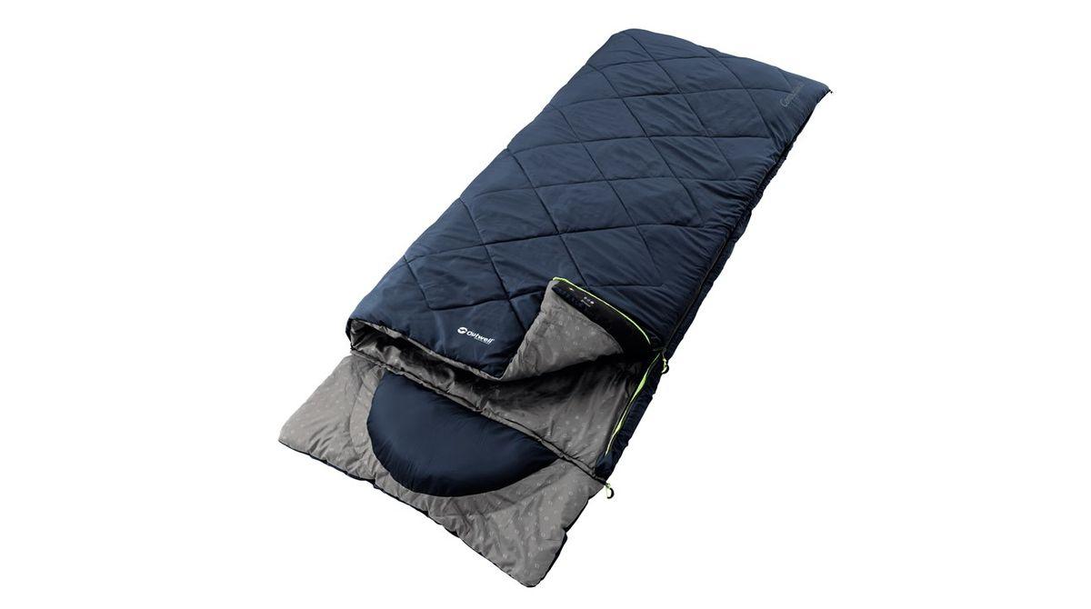 Спальный мешок Outwell Contour Lux XL, цвет: синий, 235 х 105 см230087Главная особенность спального мешка Outwell Contour Lux XL – это капюшон с вшитой подушкой, который может полностью отстегиваться, если в нем нет необходимости. Среди основных свойств двухслойная конструкция Outwell, внешняя ткань из мягкой микрофибры, система легкого застегивания и защита от заедания молнии и компрессионный мешок. Серия Contour предназначена для тех, кто ищет высокое качество в сочетании со всеми основными функциями Outwell, но предпочитает более сдержанный классический стиль для кемпинга.