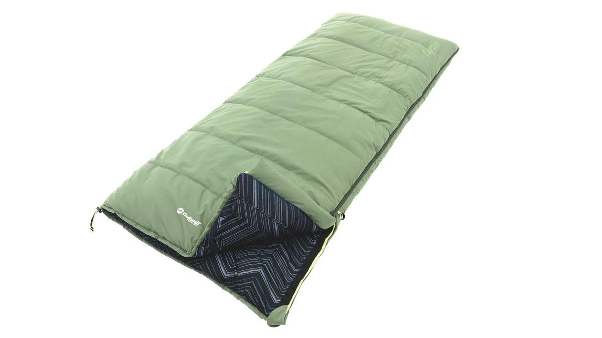 Спальный мешок Outwell Courtier, цвет: зеленый, 200 х 85 см230156Спальный мешок Outwell Courtier имеет хлопковую подкладку яркого дизайна. В нем предусмотрен внутренний карман, возможность раскрывания в одеяло и петли для крепления вкладыша.Мешок изготовлен из мягкой микрофибры и силиконового полого волокна Isofill обеспечивающего оптимальное тепло и изоляцию.В комплект входит удобная сумка-чехол. Два мешка можно состегнуть в один двухместный.