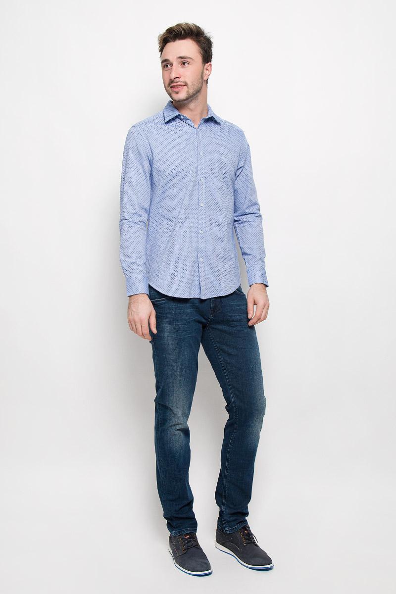 Рубашка мужская Mexx, цвет: голубой. MX3026969_MN_SHG_009. Размер M (50)MX3026969_MN_SHG_009_454Хлопковая рубашка Mexx идеально подойдет для стильных и уверенных в себе мужчин. Материал изделия тактильно приятный, позволяет коже дышать, не стесняет движений, обеспечивая комфорт при носке.Рубашка с отложным воротником и длинными рукавами застегивается на пуговицы. Манжеты на рукавах также имеют застежки-пуговицы.